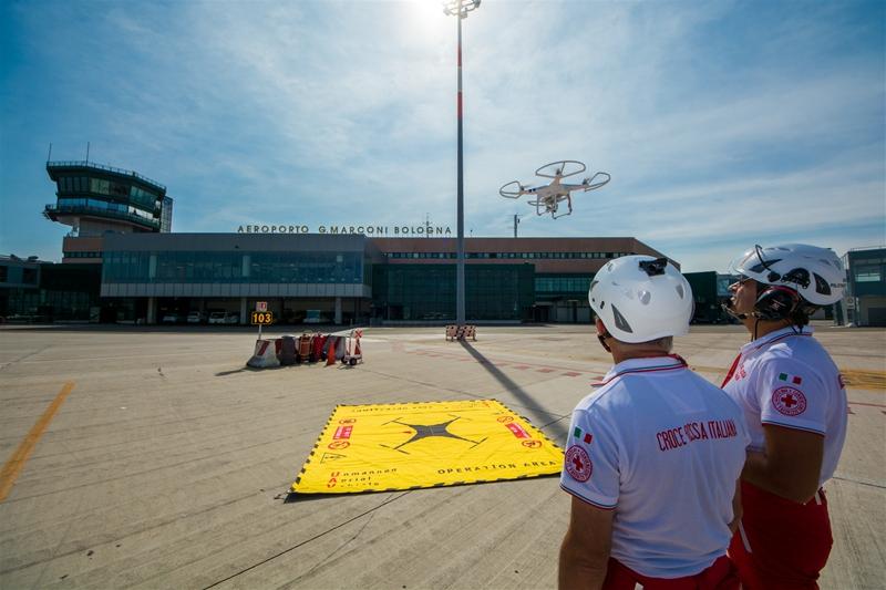 Drone su Aeroporto di Bologna